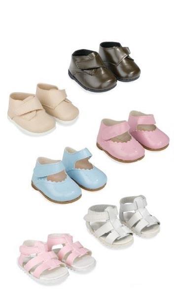 Imagen de Zapatos Reborn de 45 cm