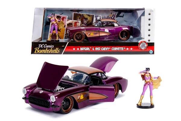 Imagen de Batgirl Chevy Corvette 1957 1:24
