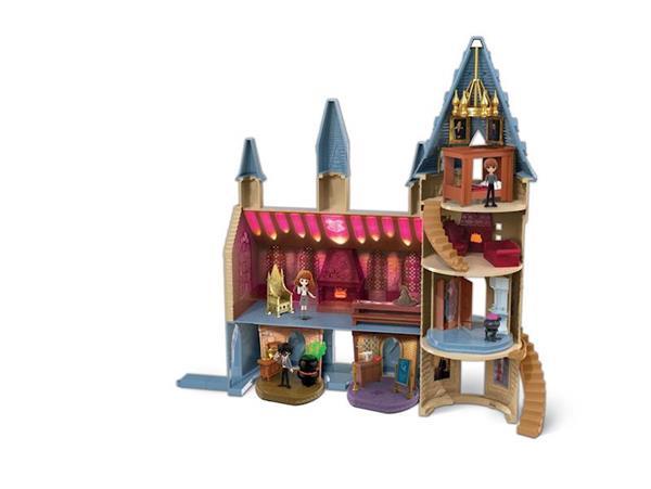Imagen de Castillo de Hogwarts con Hermione
